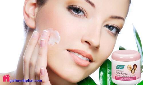 Kem dưỡng ẩm da mặt khô Jergens All-Purpose Face Cream ban đêm giahuynhphat.com 4