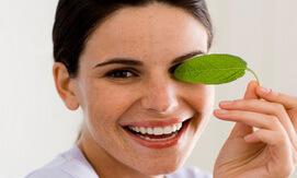 giảm thâm quần mắt bằng trà xanh giahuynhphat.com