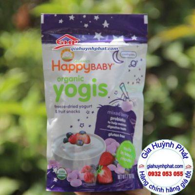 Bánh ăn dặm sữa chua sấy khô trái cây hữu cơ Happy Baby mix berry hàng mỹ xách tay giahuynhphat.com