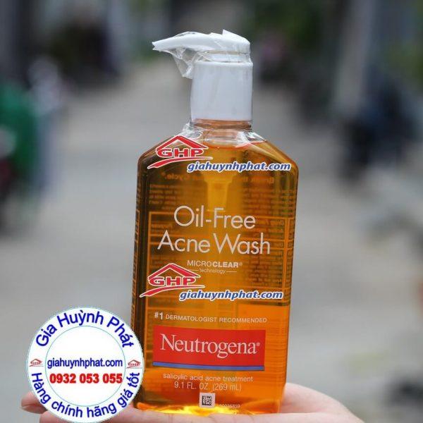 Sữa rửa mặt kềm dầu trị mụn Neutrogena Oil Free Hàng Xách Tay Từ Mỹ Giahuynhphat.com